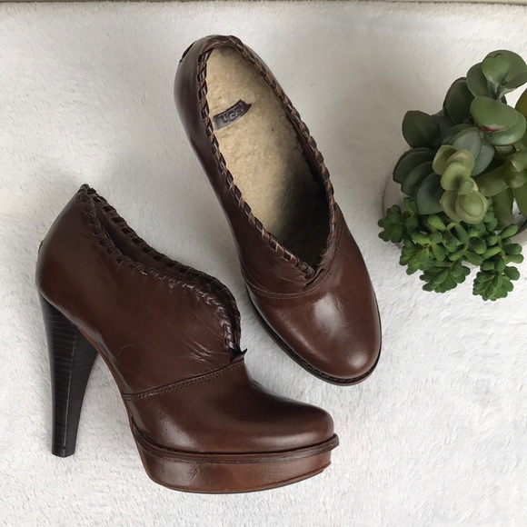 d2a54ef55 Ugg Jamison High Heel Leather Ankle Booties SZ 7. M_5b8c716c42aa76ffed22e6a5